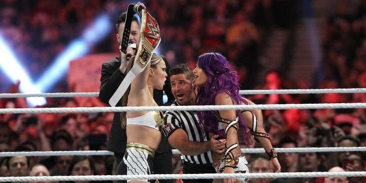 Sasha Banks vs Ronda Rousey